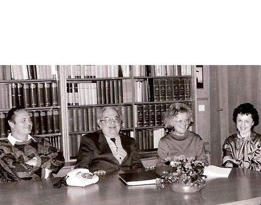 Pater Friedrich Setzer SJ mit Elisabeth Setzer, Dr. Marianne Schuber und Helmuth Schuster